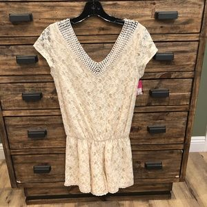 NWT Beige Lace Romper In Size Small
